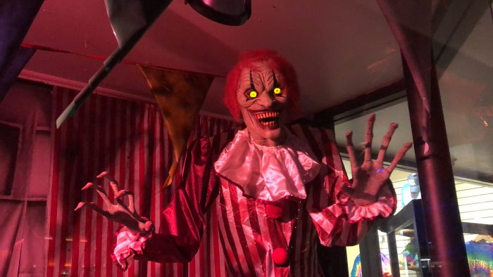 Kings Island Haunt Scary Clown